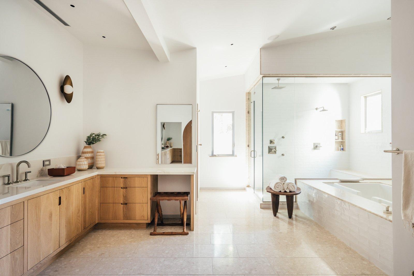 Bailey House mansion bathroom