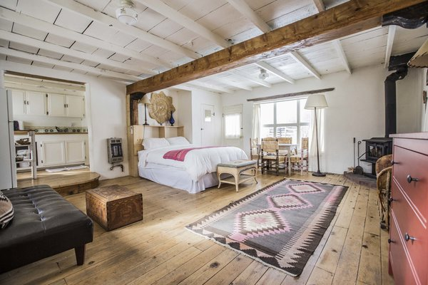 A look at one of the property's other cabins, all of which were built at the turn of the nineteenth century and have been renovated to offer modern amenities.