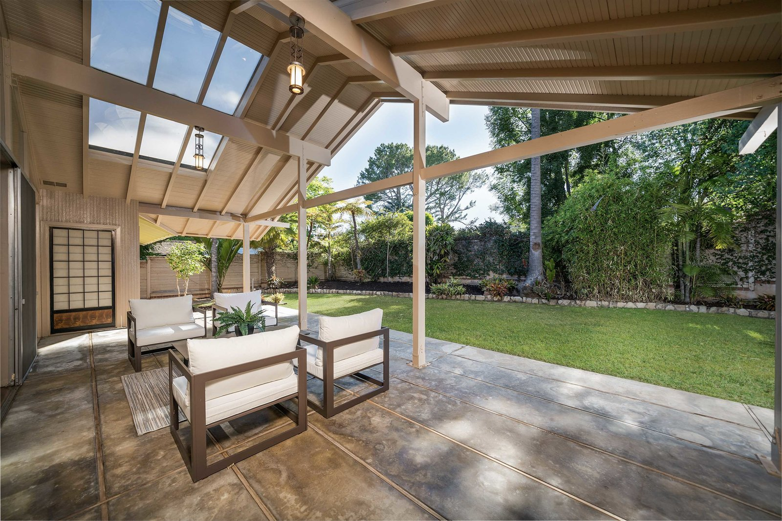 The Golden Girls home patio