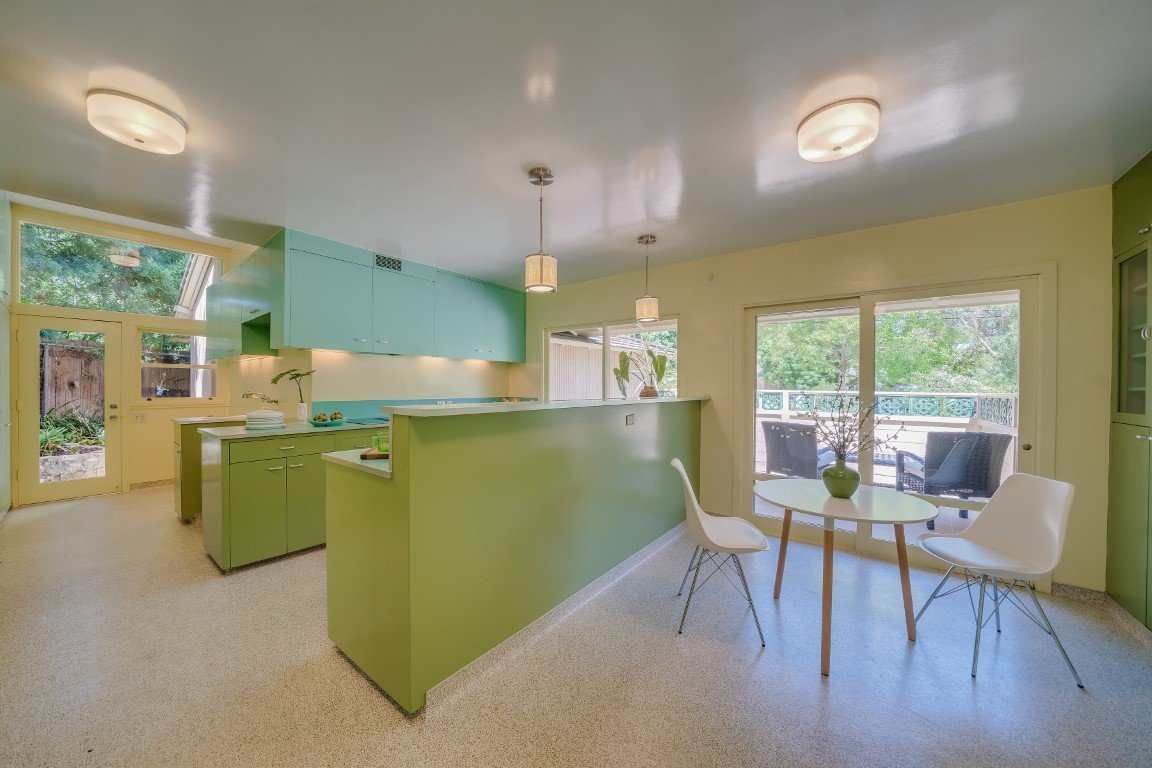 The Golden Girls home kitchen