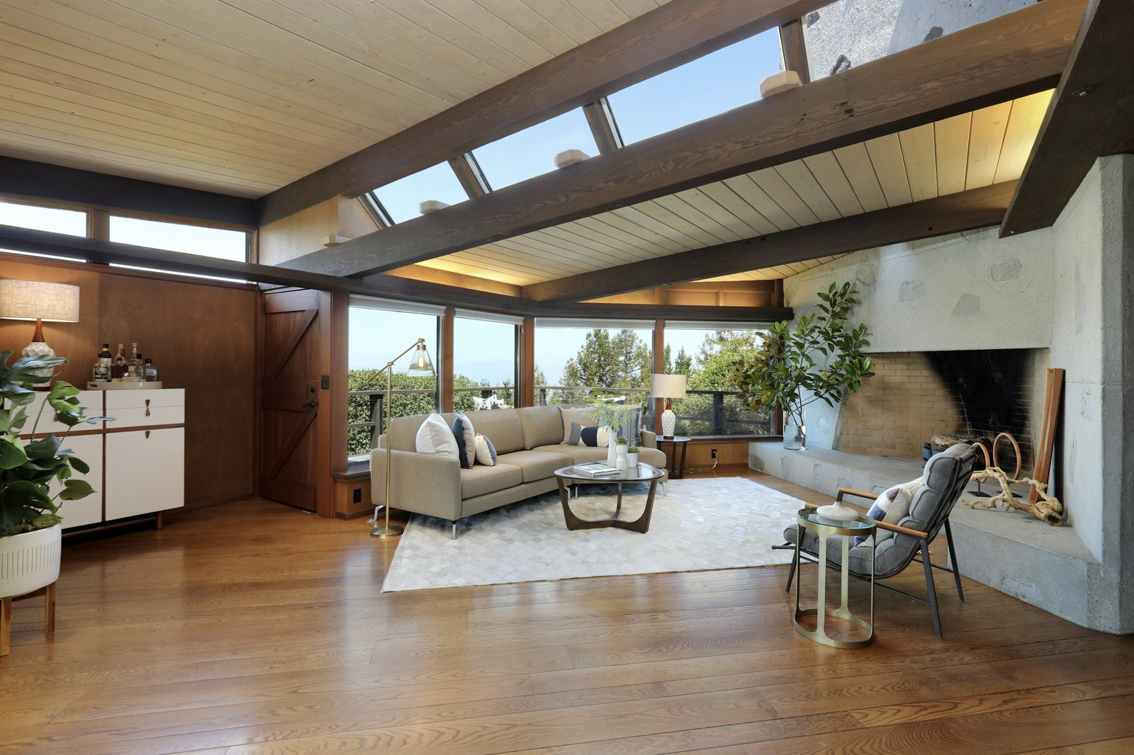 Rebuilt by architect Beverly David Thorne after a 1991 fire, this newly renovated post-and-beam residence takes advantage of its hilltop site.  Photo 1 of 19 in An Alluring Berkeley Hills Home by a Case Study Architect Asks $2.9M
