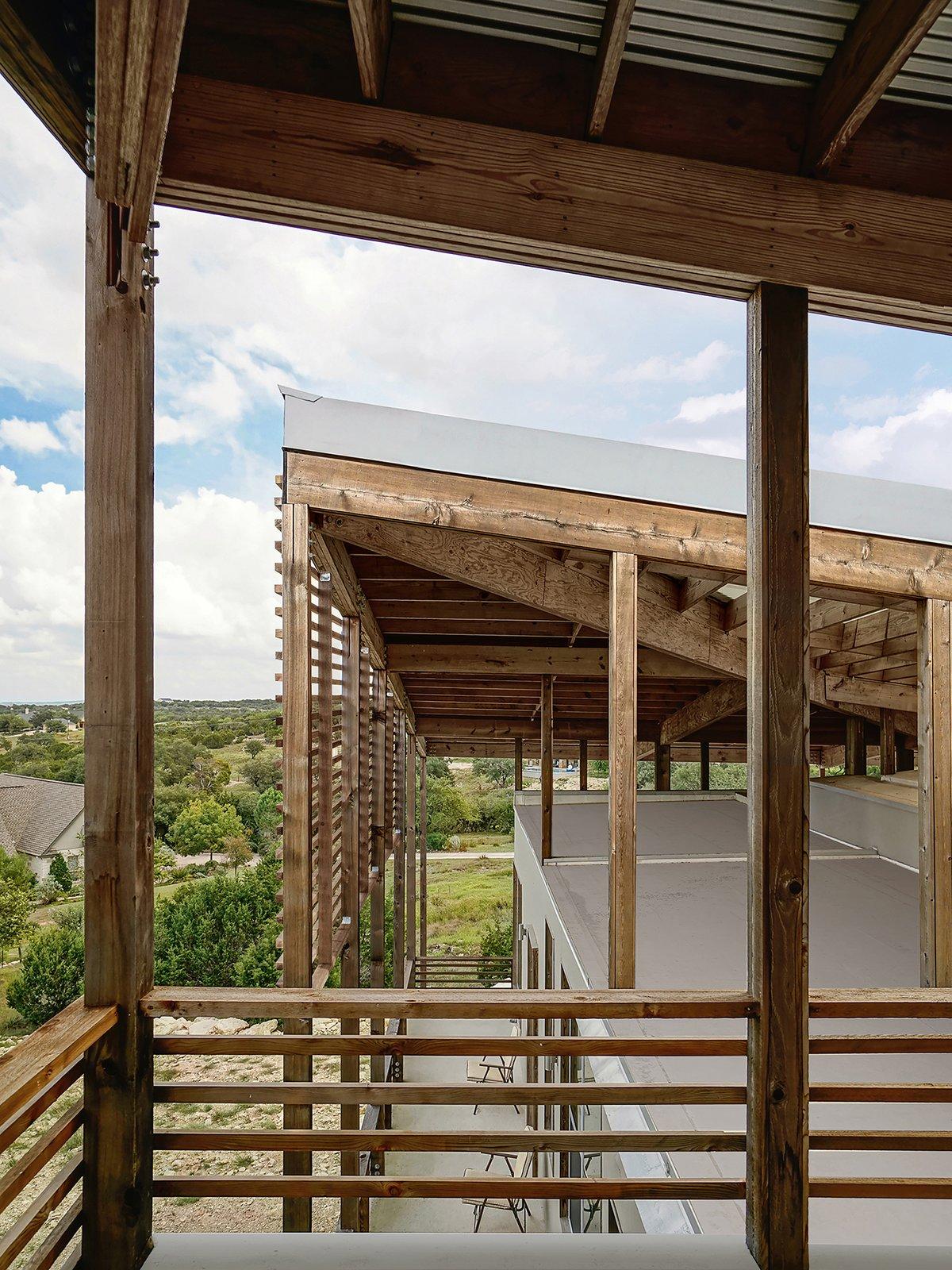 Dakota Mountain Residence deck