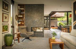 A Serene Seattle Home Focused Around a Zen Garden Asks $2.4M