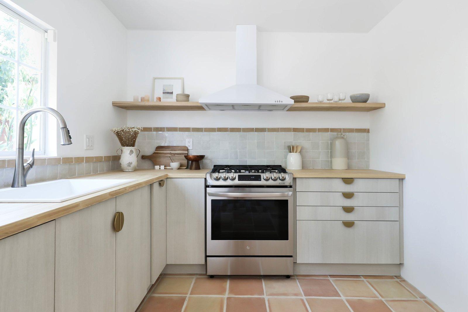 Los Angeles Spanish Bungalow kitchen