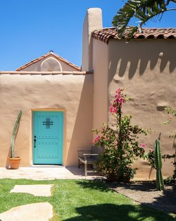 Located southwest of downtown Los Angeles, the adobe-style home was originally built in 1922 for poet Alice Lynch. The property was declared Historic-Cultural Monument #621 by the city of Los Angeles in 1996.