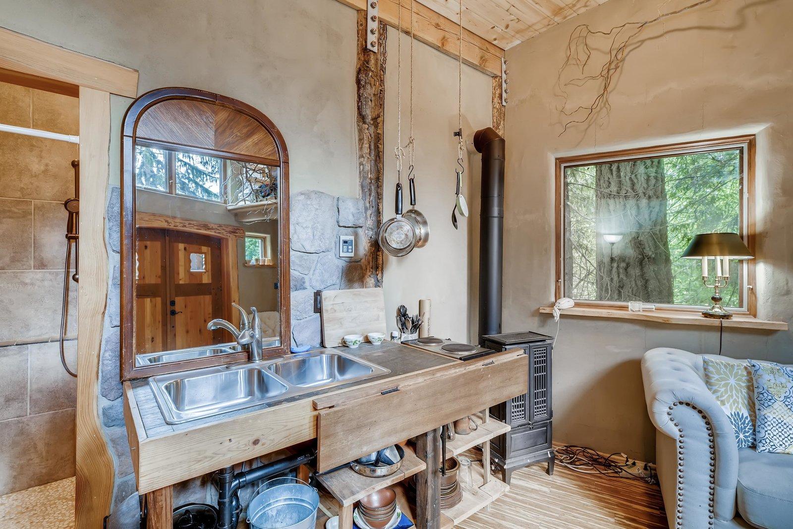 Sharingwood cob home kitchen