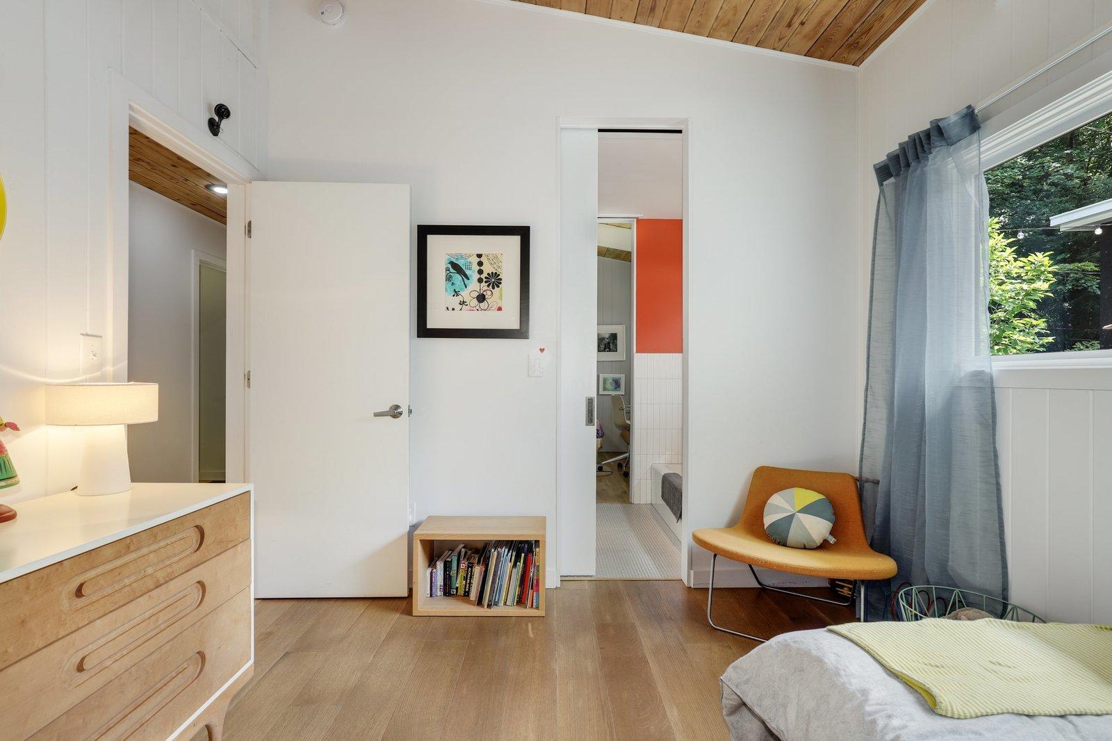Mayr House bedroom