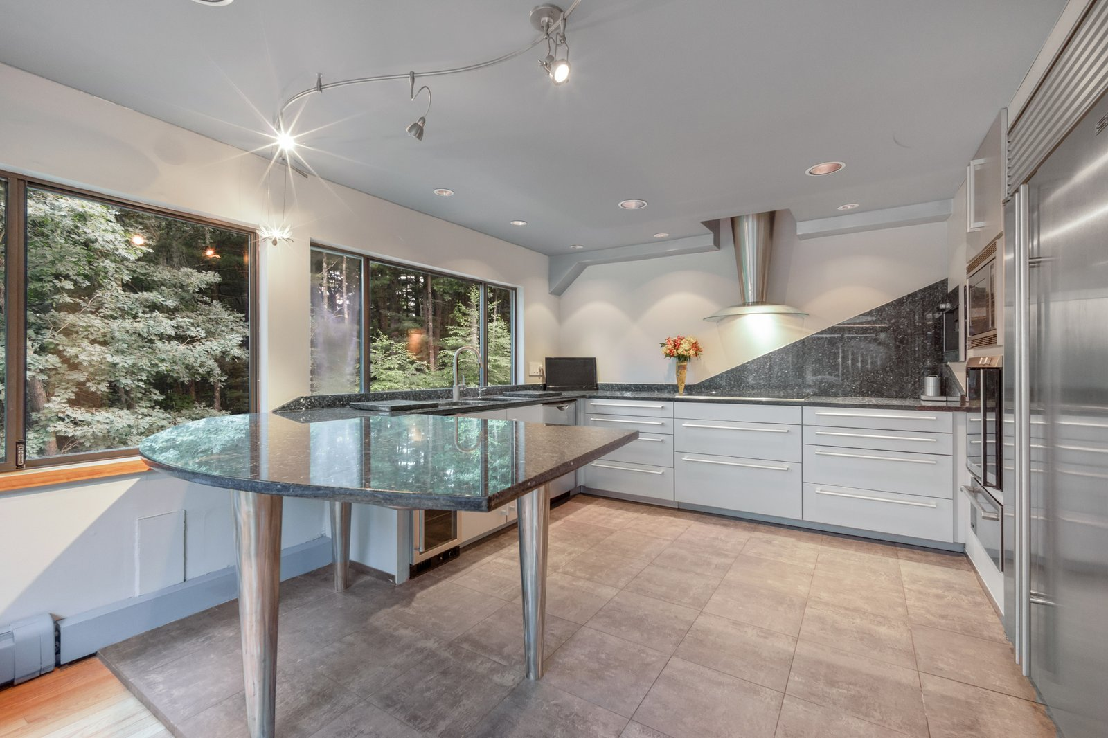 Cedar Bridge House kitchen
