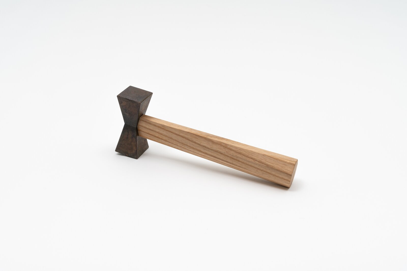 An alternative hammer design by Kazuki Guzmán  Photo 3 of 7 in The Dwell 24: Kazuki Guzmán