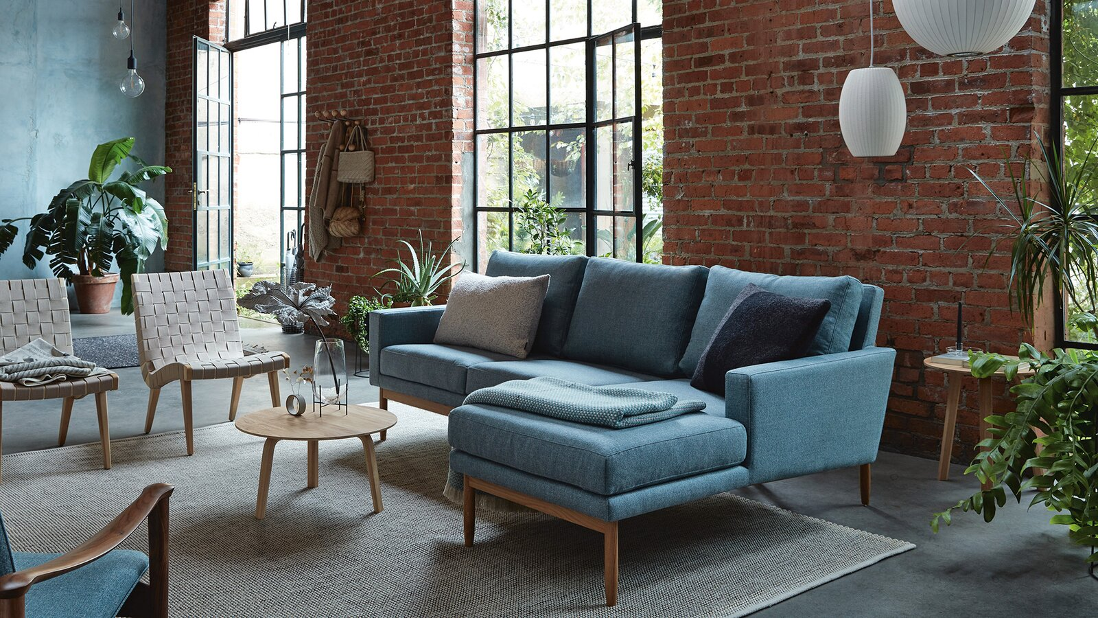 Design Within Reach Semiannual Sale 2020