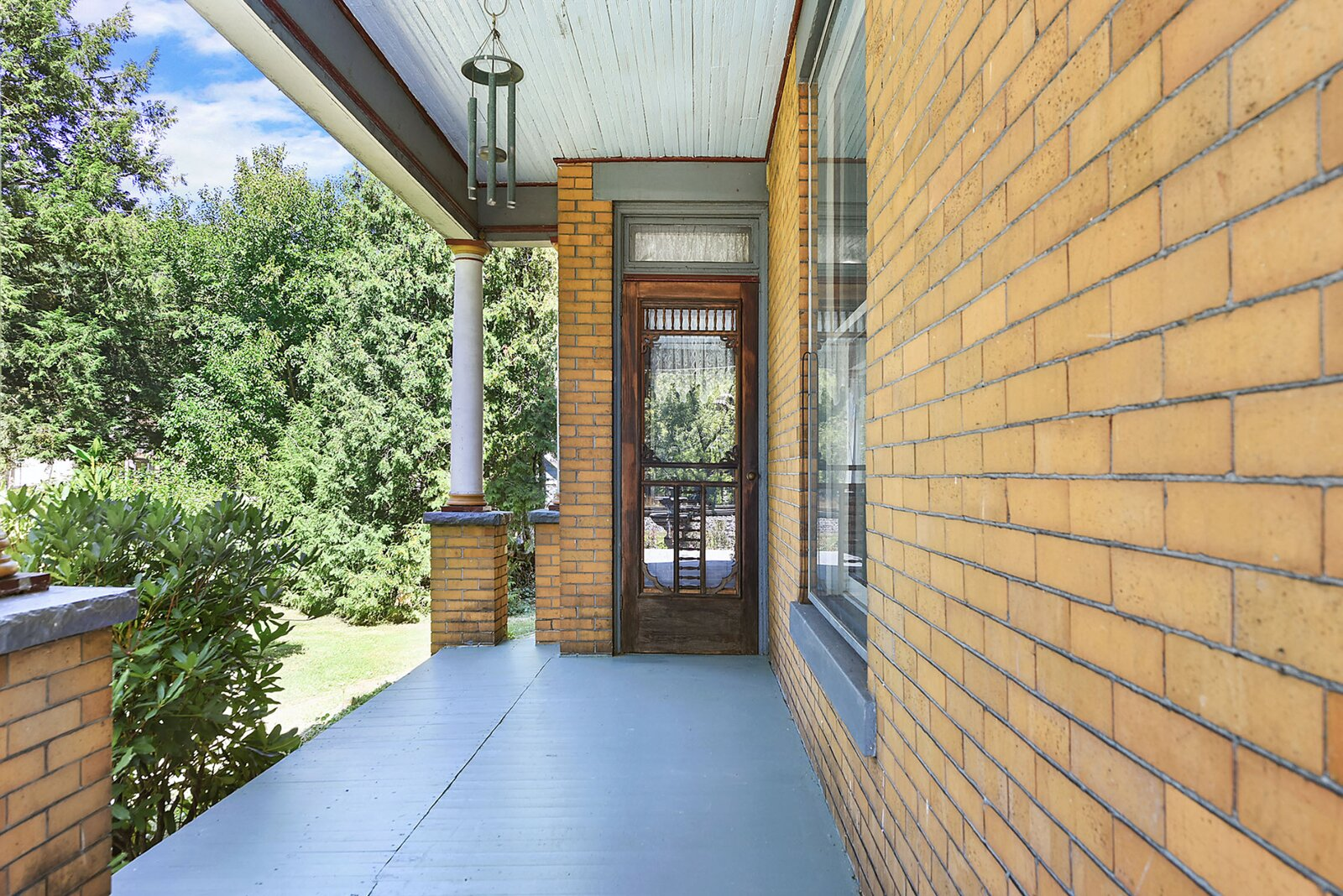 """Another view of the porch and a side entrance to the home.  Photo 18 of 23 in Hey, Horror Movie Buffs—You Can Own the """"Silence of the Lambs"""" House for $299K"""