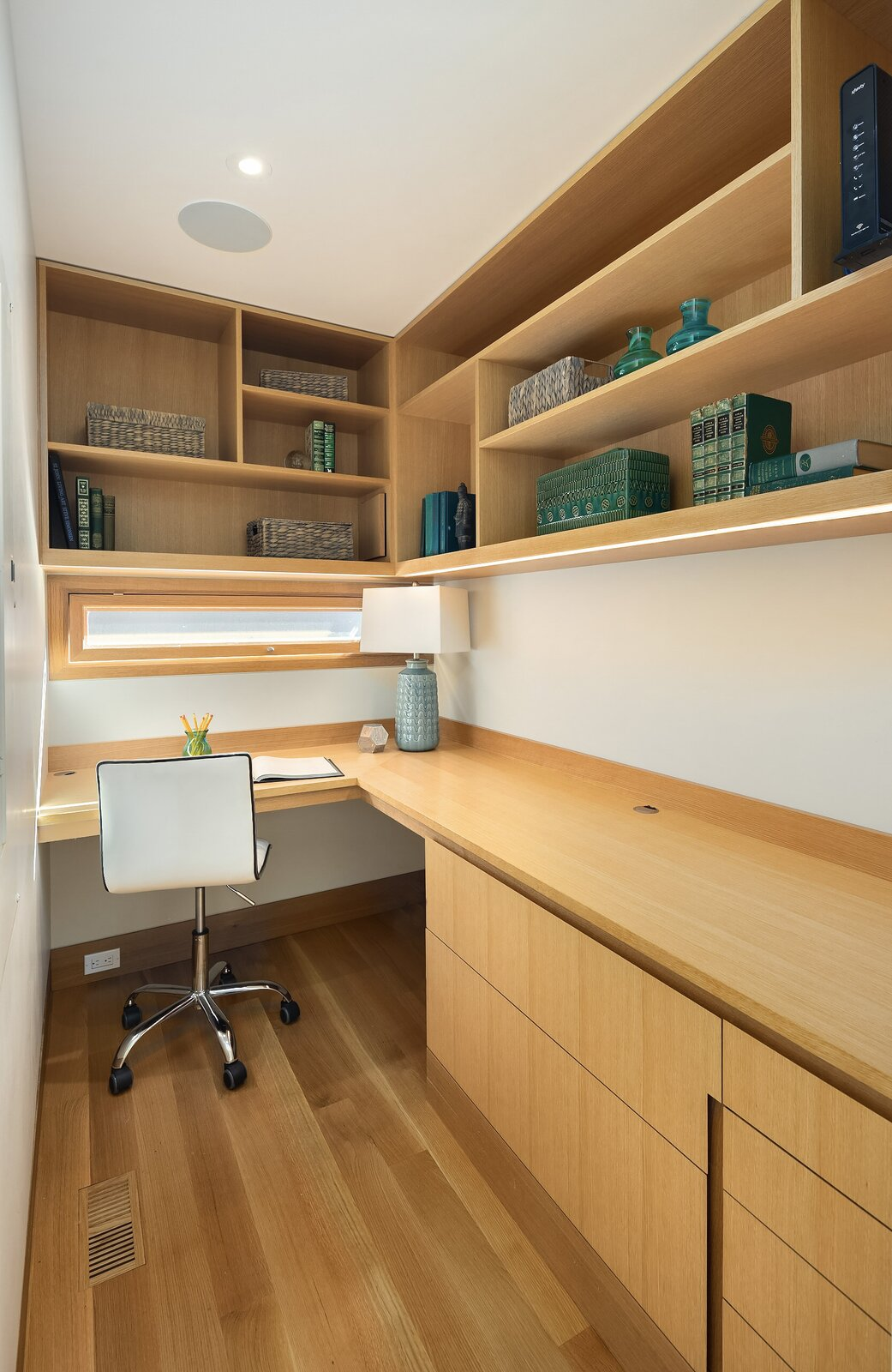 Vandeventer + Carlander floating home office