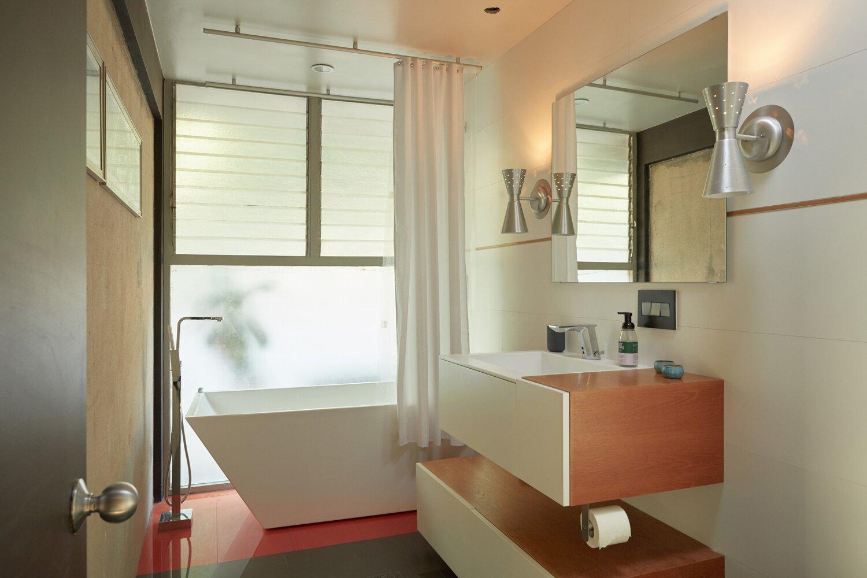 Whittier Midcentury Home bathroom
