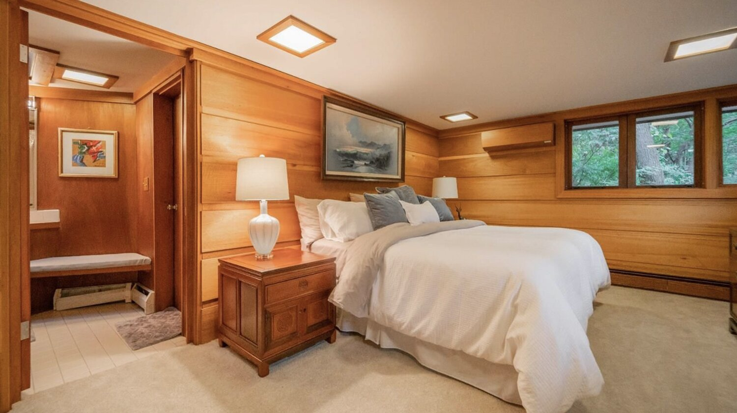 The home also comes with three additional bedrooms—two of which Howe added during renovations in the 1960s.  Photo 10 of 11 in Frank Lloyd Wright's Dune House Hits the Market for $1.2M