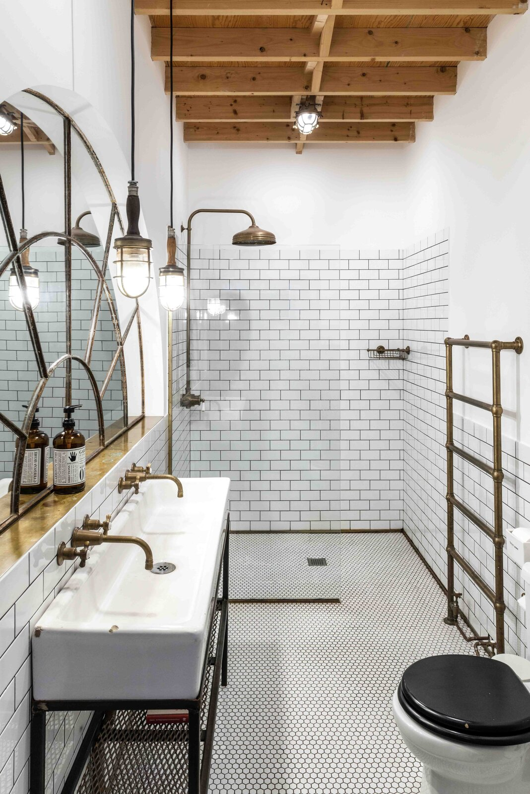 """A look at the private bathroom.  Photo 8 of 15 in This Live/Work Warehouse That Starred in Steven Spielberg's """"Ready Player One"""" Lists for £2.75M"""