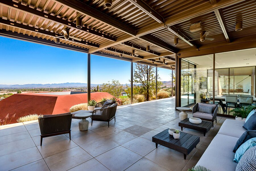 """The home reportedly features more than 4,700 square feet of covered and semi-covered patios.  Photo 8 of 12 in Asking $10.5M, This Desert Prefab by Marmol Radziner Doesn't Want for """"Wow"""" Factor"""
