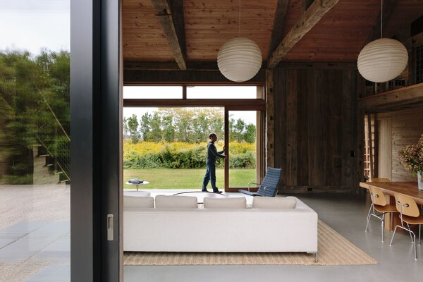 Triple-glazed windows and doors from Zola mitigate thermal gain.