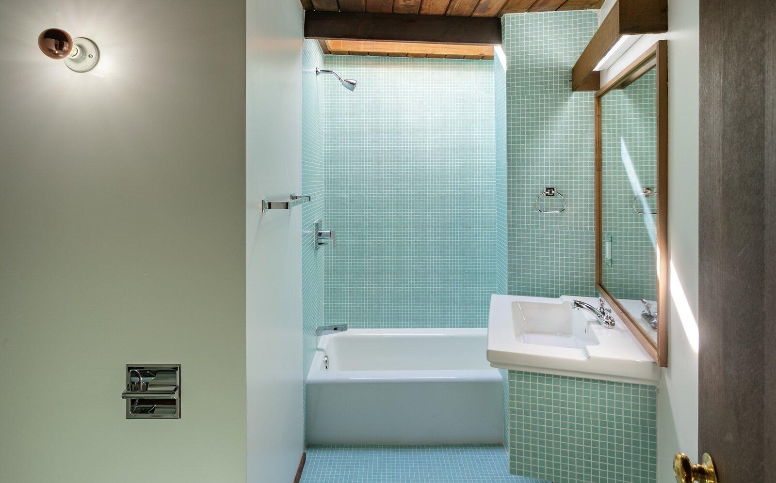 Phòng tắm Killion Residence