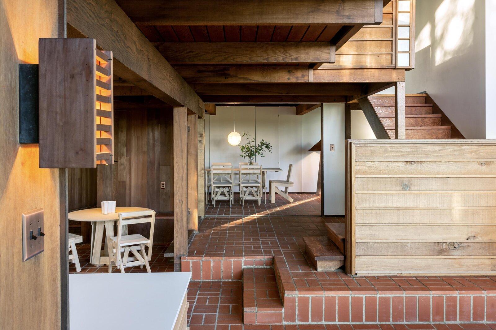 Khu phòng khách và phòng ăn Killion Residence