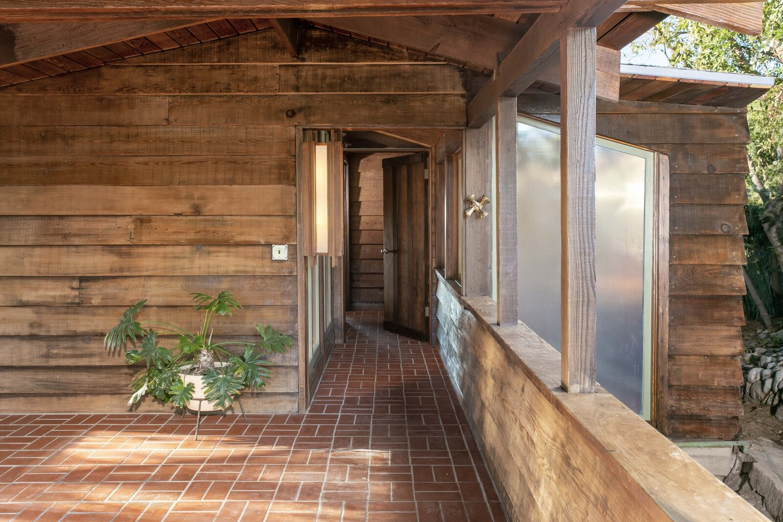 Killion Residence entryway