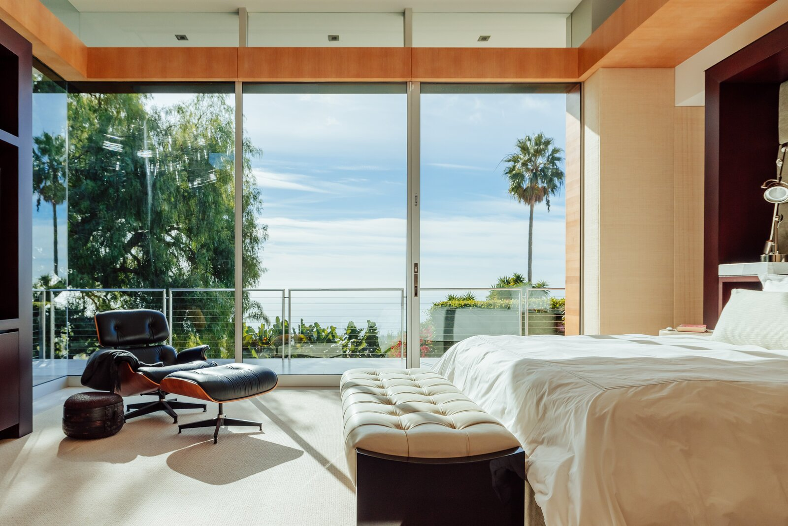 Bedroom of Malibu Crest by Studio Bracket Architects