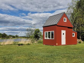 This Foldable, $23K Tiny Cabin Pops Up in Less Than Three Hours