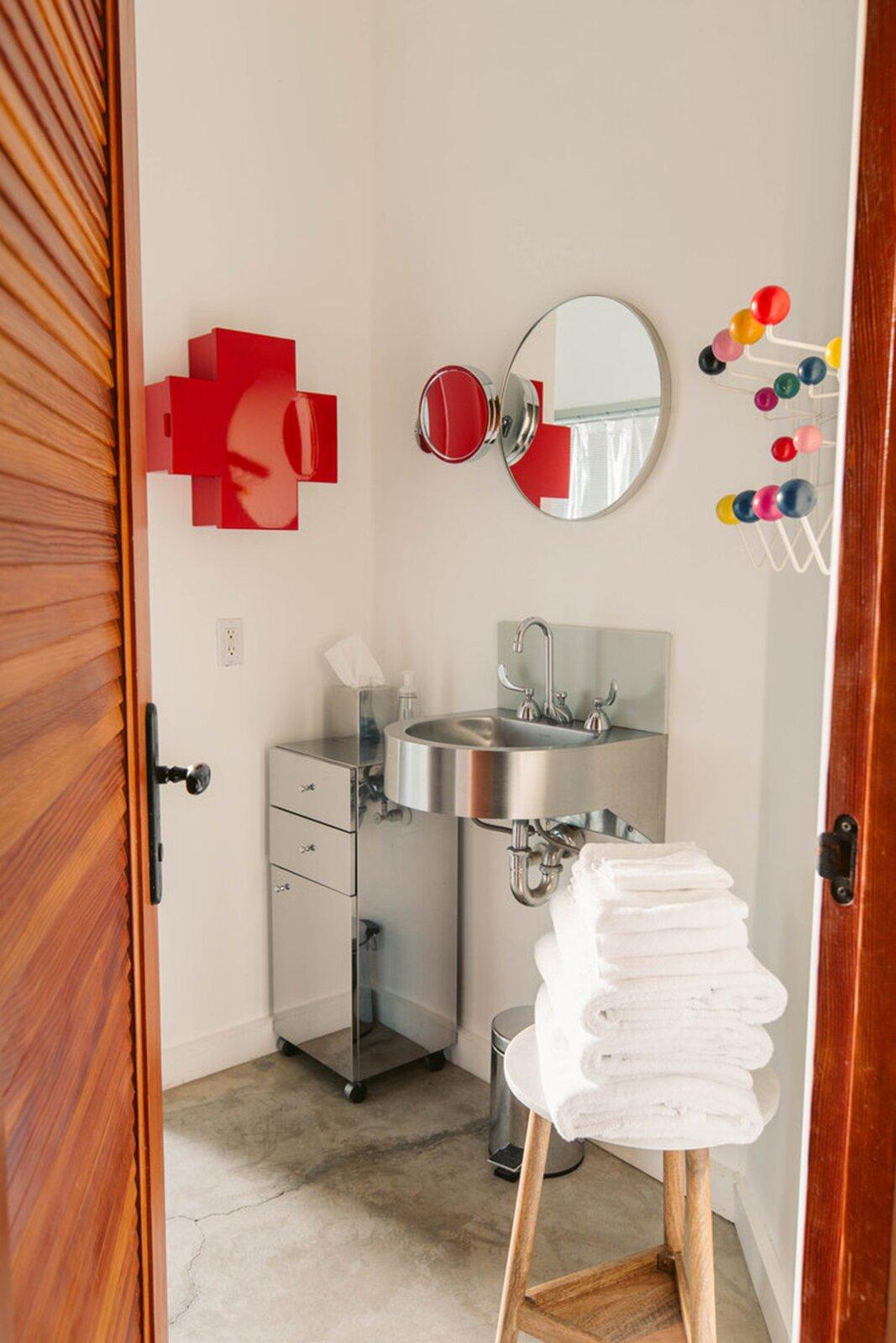 Bob Biggs Concrete Fortress bathroom