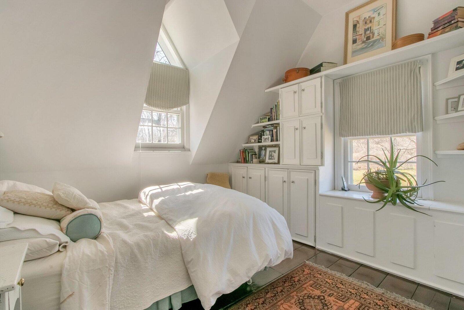 Grace Knowlton Estate cottage