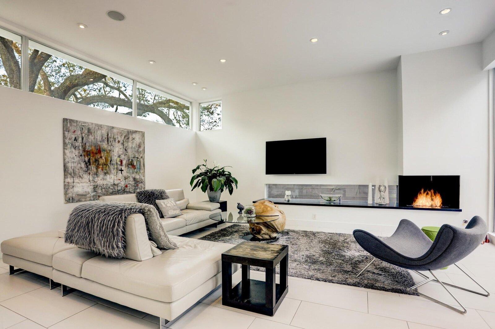 Allen Bianchi Houston house living room