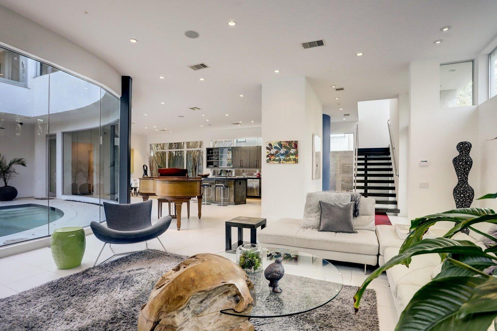 Allen Bianchi Houston home living spaces