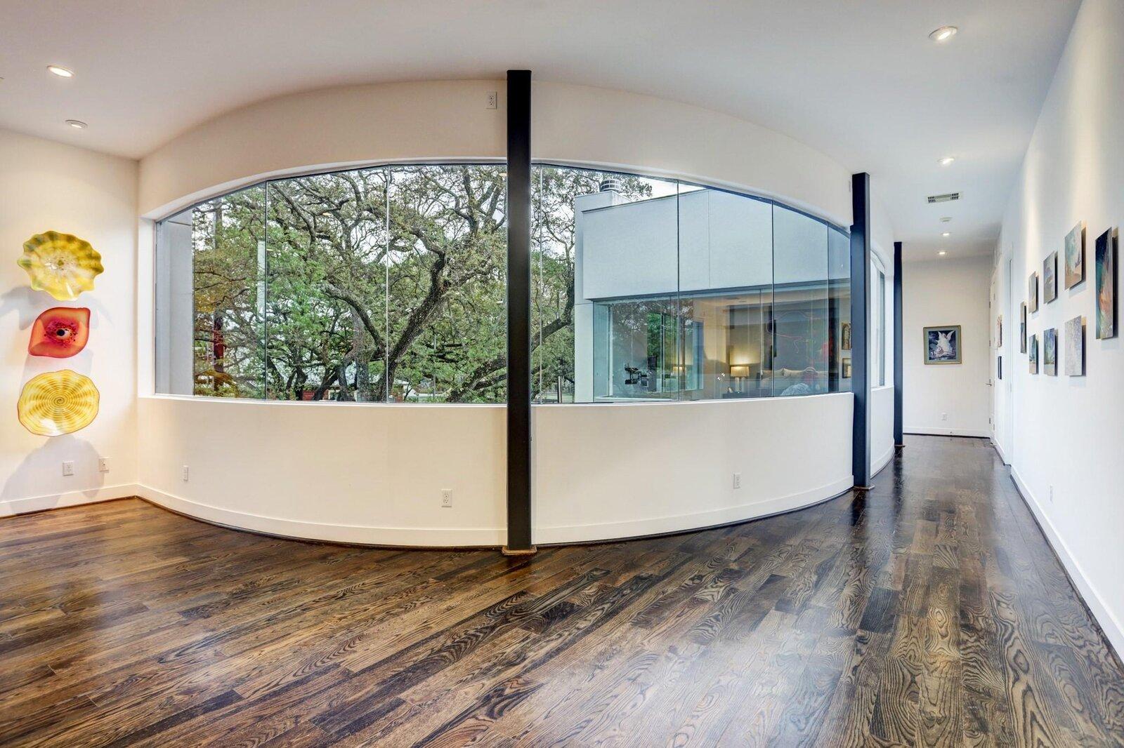 Allen Bianchi Houston home hallway