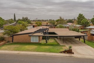 Snag This Immaculate Midcentury in West Texas for $380K