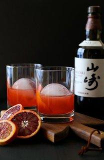 Blood Orange Nigroni with Hakushu Whisky.  #cocktail Recipe / Credit: http://www.climbinggriermountain.com/2015/02/blood-orange-whiskey-negroni.html