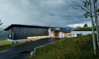 8 Modern Driveways