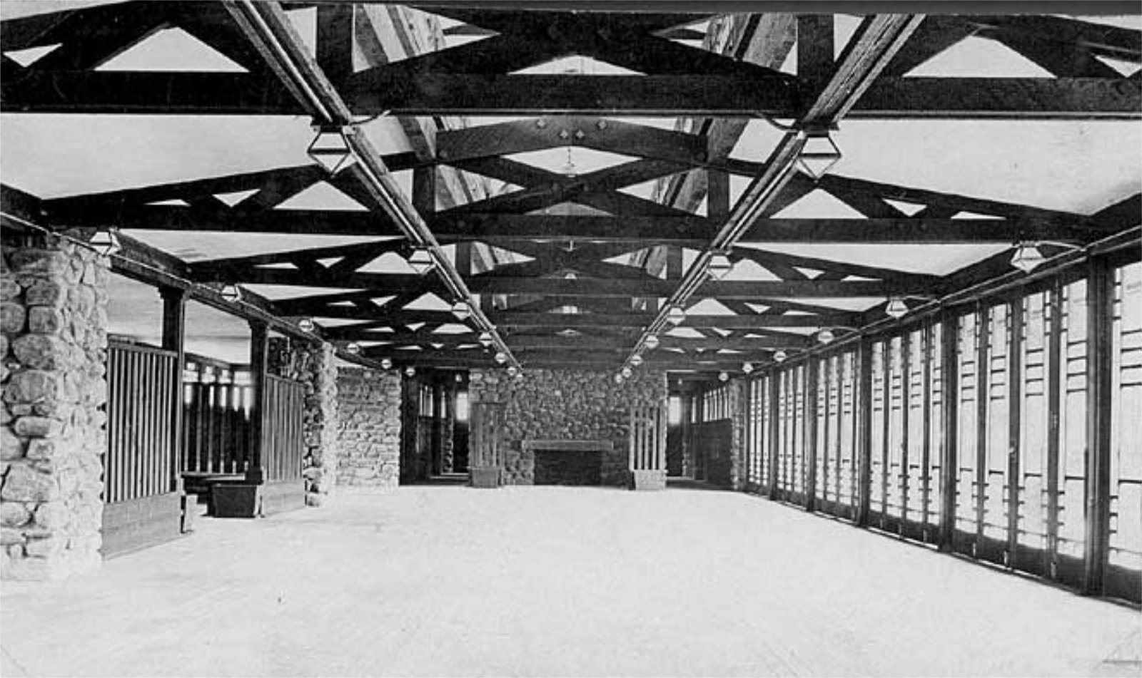 An archival view of the pavilion. It featured one long, rectangular room with exposed eaves.  Modern Master: Frank Lloyd Wright from Demolished Frank Lloyd Wright Structure in Banff May Be Rebuilt
