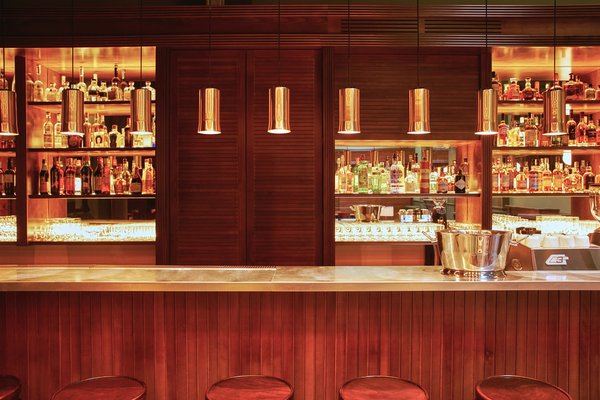 At the lobby bar/restaurant, you can try out a selection of teas from their Shanghai tea master, choose from a list of signature cocktails and superior sherry options, or try out a menu that revels in comfort food.