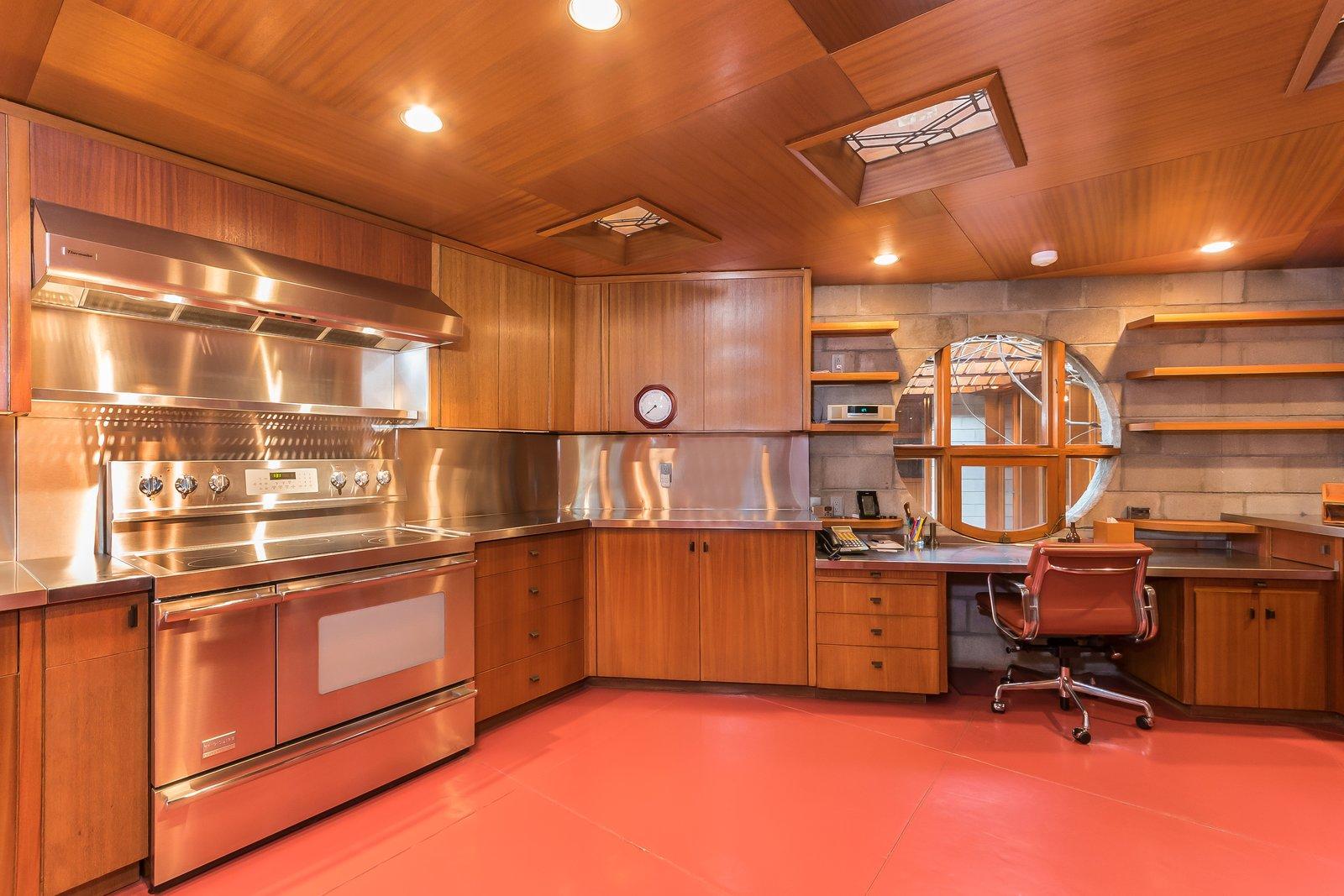 Major Kitchen Cabinets