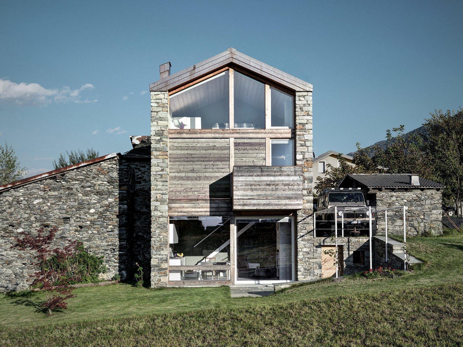 SV House by Rocco Borromini   Modern Rustic