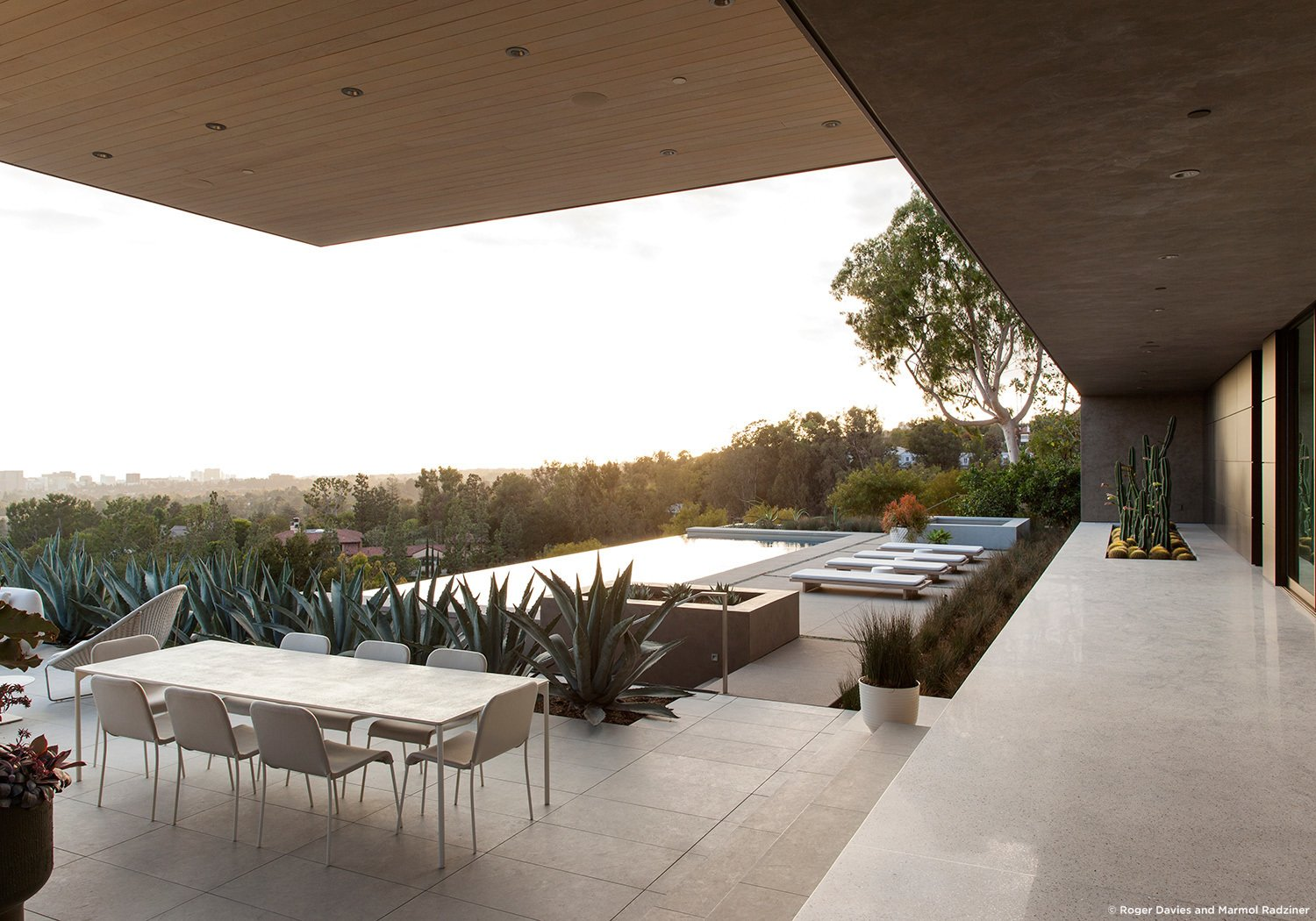 #SummitridgeResidence #modern #midcentury #levels #exterior #outside #outdoor #landscape #green #geometry #pool #view #seating #table #deck #structure #BeverlyHills #MarmolRadziner  Summitridge Residence