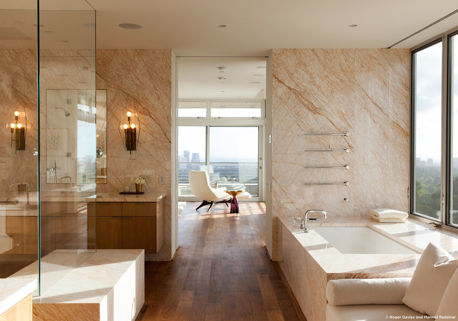 #SummitridgeResidence #modern #midcentury #levels #interior #inside #bathroom #sink #bathtub #windows #view #marble #wood #lighting #BeverlyHills #MarmolRadziner  Summitridge Residence