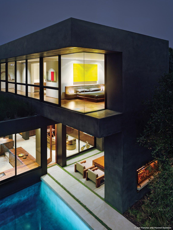 #ViennaWayResidence #modern #midcentury #exterior #outside #outdoors #levels #landscape #structure #geometry #lighting #pool #green #Venice #California #MarmolRadziner  Vienna Way Residence