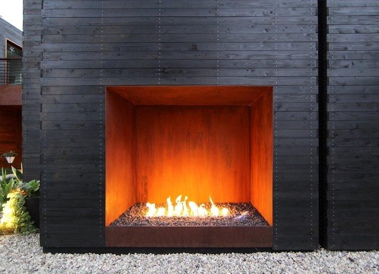 #Sebastian Mariscal #landscape #exterior #fireplace   Venice House
