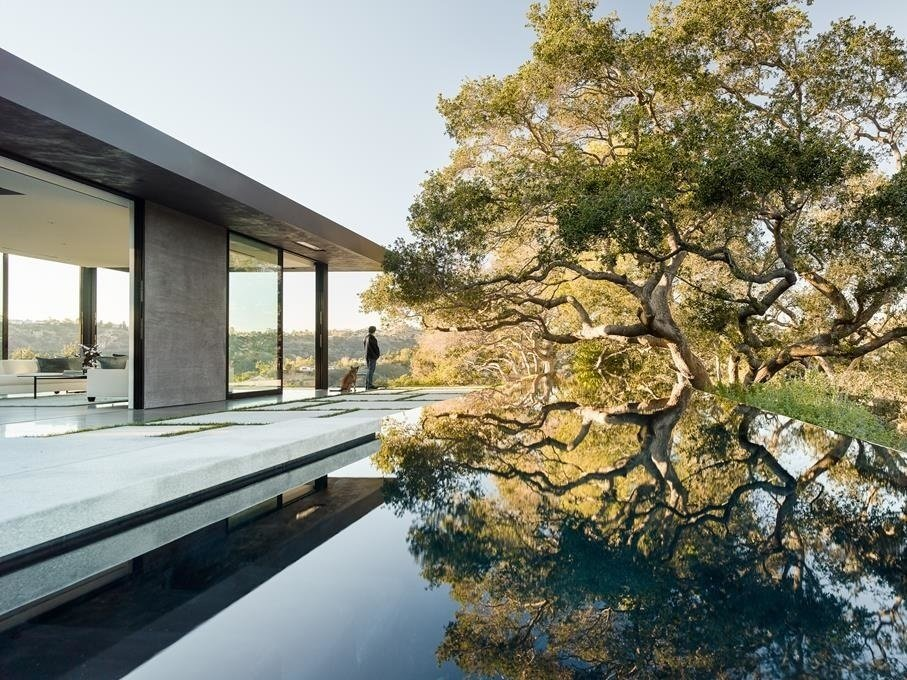 130 Majestic Oak Trees Inspired This Sleek Beverly Hills Home Asking $32M