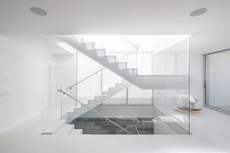 #danbrunn #zigzag #residence #beachfront #venice #california #glass #windows #stairs #interior  Zig Zag Residence by DBArchitecture