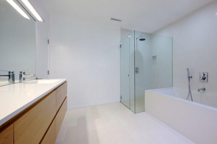 #danbrunn #hayvenhurst #residence #remodel #losangeles #california #bathroom #shower #bathtub #interior  Hayvenhurst Remodel