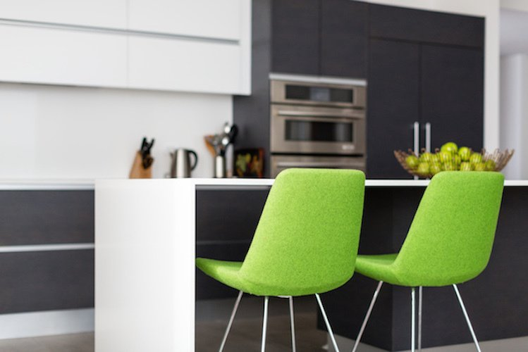 #danbrunn #thediplomat #apartment #wilshirecorridor #california #kitchen #chairs #color #interior  The Diplomat Apartment