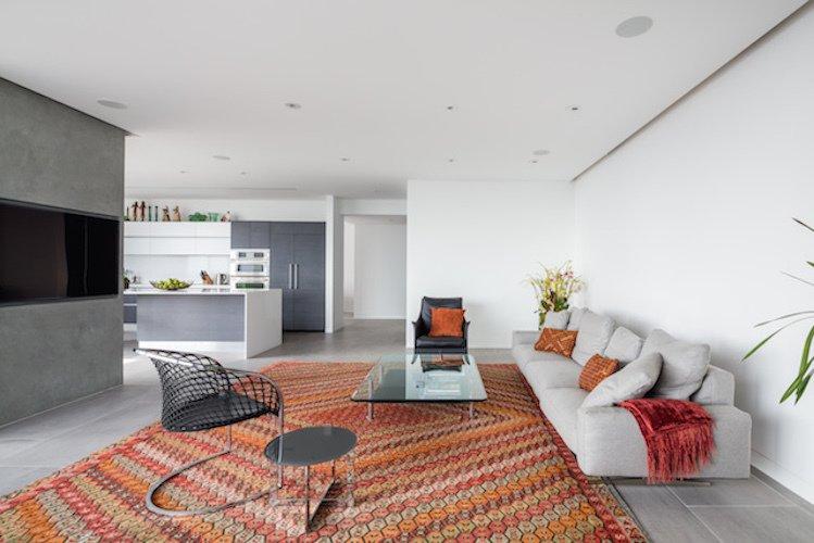 #danbrunn #thediplomat #apartment #wilshirecorridor #california #livingroom #kitchen #fireplace #interior  The Diplomat Apartment