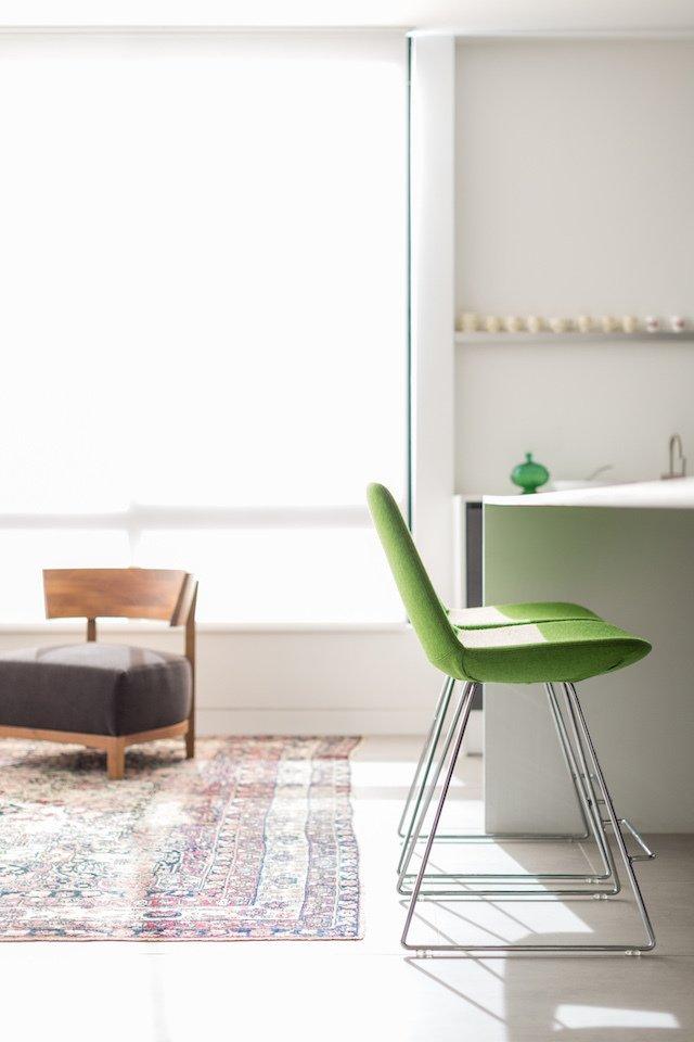 #danbrunn #thediplomat #apartment #wilshirecorridor #california  #livingroom #chairs #color #interior  The Diplomat Apartment