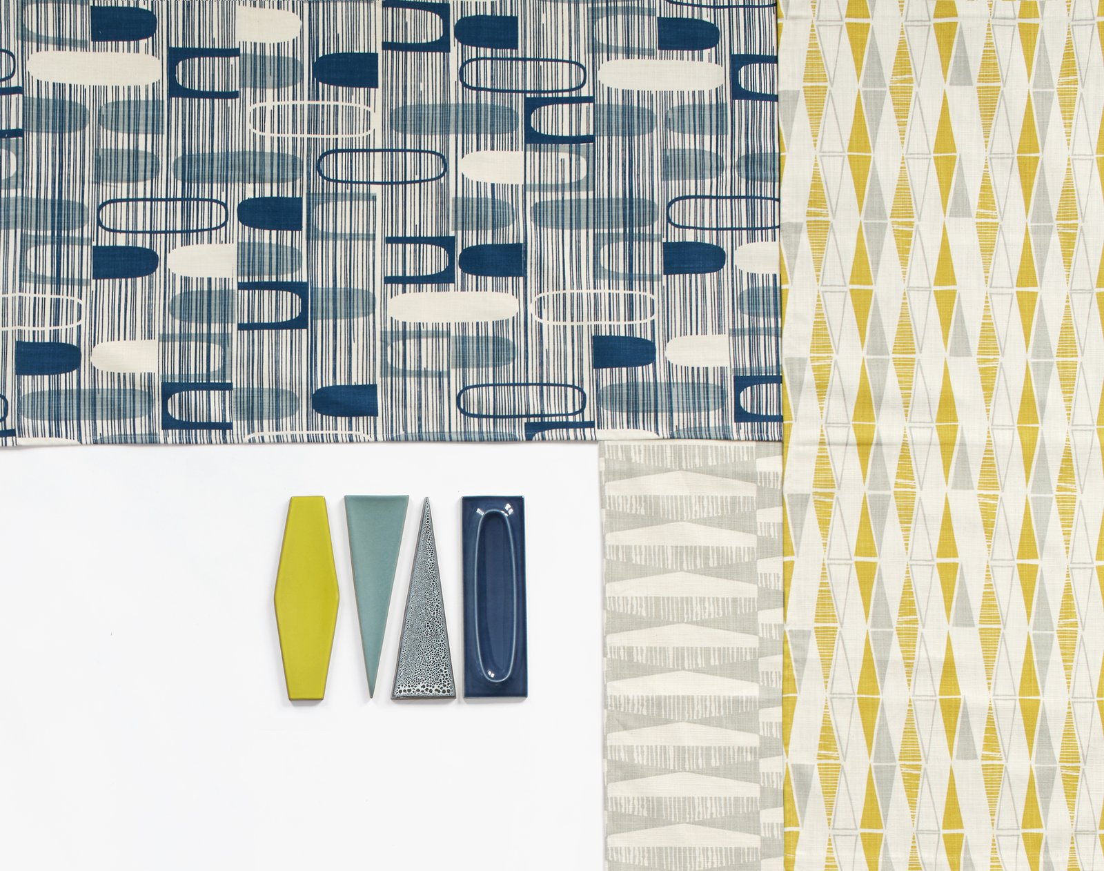 With her new Dimensional textile collection for Heath Ceramics, Skinny laMinx designer Heather Moore riffs on three of the tile brand's iconic shapes—oval, diamond, and triangle—in the brand's new winter hues. heathceramics.com/skinny-laminx  From the Editors' Inbox: October 2016