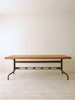 Gatto Table  Tokuhiko Kise